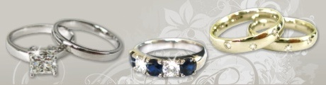 Bridal set. Wedding ring with matching diamond engagement ring in gold or platinum. Diamonds & Jewels